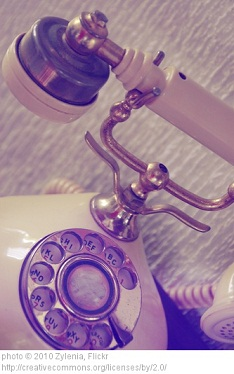 dream-symbol-telephone